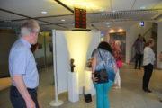 """Unter dem Motto """"Kunst im Rathaus"""", fand heute eine Vernissage mit bekannten Skulpturen der bekannten Stadtallendorfer Künstlerin Jana Pfeifer und parallel eine Bilderausstellung im Rahmen des Kunstprojektes """"Neue Heimat Stadtallendorf"""" vom Internationalen Bund (IB) statt."""