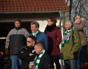 Eintracht Frankfurt Weihnachtsfeier.Die Fußballmannschaft Des Tsv Eintracht Stadtallendorf Verliert