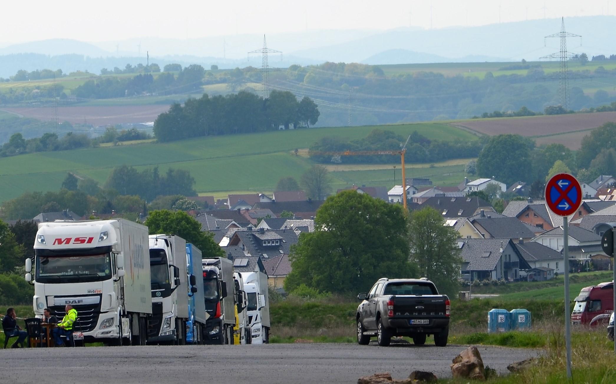 Polizei untersagt 79 Truckern den Fahrtantritt – hessenweite Kontrollen für die Verkehrssicherheit