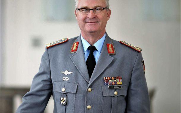 Generalinspekteur der Bundeswehr zu Gast beim Neujahrsempfang der DSK